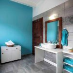 Accessible bathroom of Joleni Cottage in Kefalonia for accessible holidays