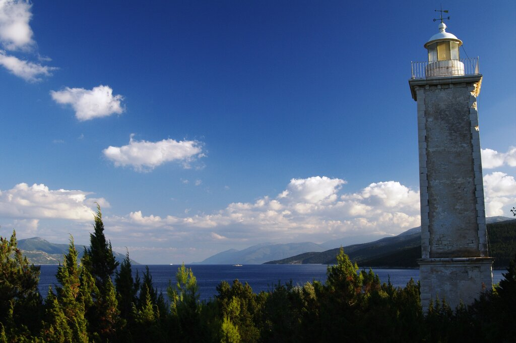 Kefalonia trail to the lighthouse